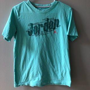 Jordan shirt kids XL